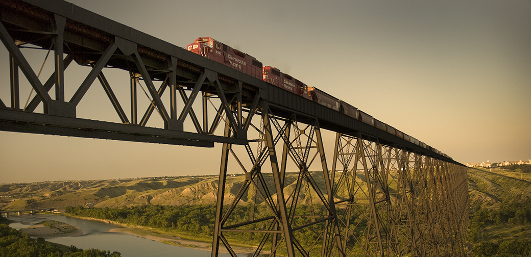 High level train bridge lethbridge